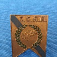 Trofeos y medallas: CHAPA , PLACA , MEDALLA C.G.A.A.CLUB GALEGO AUTOMÓVILES ANTIGOS. Lote 173736398