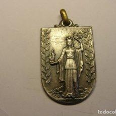 Trofeos y medallas: ANTIGUA MEDALLA ESCOLAR O DEPORTIVA.. Lote 175072237