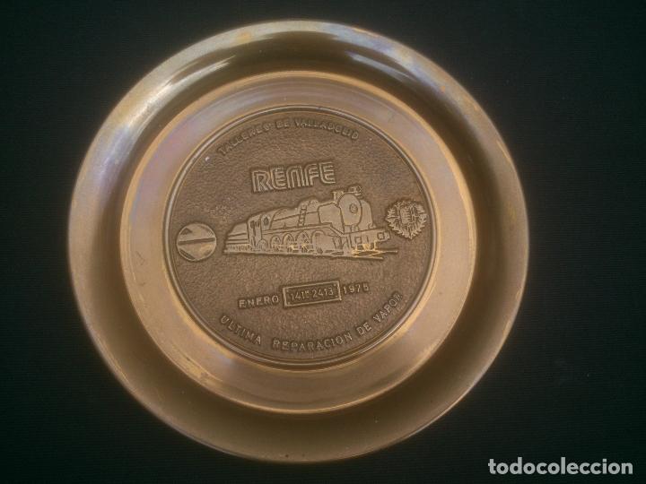 RENFE FIN DE LA TRACCION VAPOR TALLER CENTRAL DE REPARACION VALLADOLID (Numismática - Medallería - Trofeos y Conmemorativas)