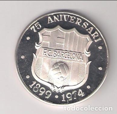 Trofeos y medallas: MEDALLA DEL 75 ANIVERSARI DEL BARÇA DE 1974 EN PLATA PROOF DE ACUÑACIONES ESPAÑOLAS (MD91) - Foto 2 - 182301652