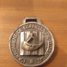 Trofeos y medallas: MEDALLA METAL AJUNTAMENT CORNELLÀ DE LLOBREGAT DIÁMETRO 5 CM. Lote 183193191