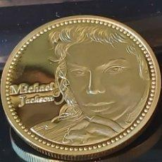 Trofeos y medallas: EXCLUSIVA MONEDA DE ORO HOMENAJE AL INOLVIDABLE E INSUSTITUIBLE MICHAEL JACKSON. Lote 183321310