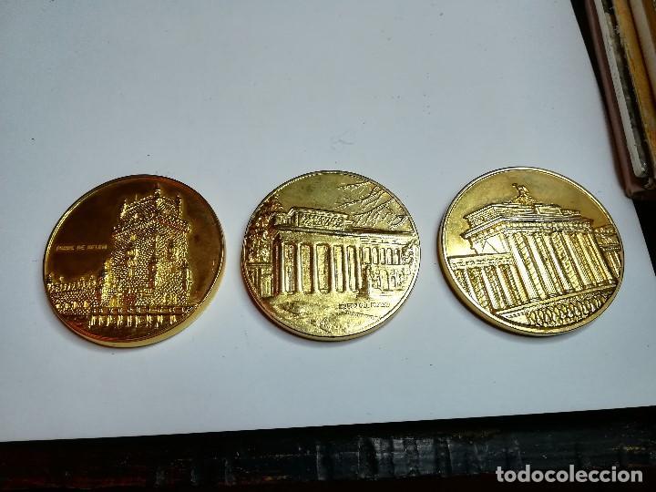 Trofeos y medallas: TRES MEDALLAS MONEDA PAISES CEE. ALEMANIA, PORTUGAL, ESPAÑA - Foto 2 - 184929787