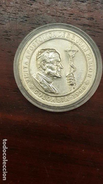 MEDALLA DE VISITA APOSTOLICA DE S.S. JUAN PABLO II A COLOMBIA. 1986. 32,4MM. NUEVA. (Numismática - Medallería - Trofeos y Conmemorativas)