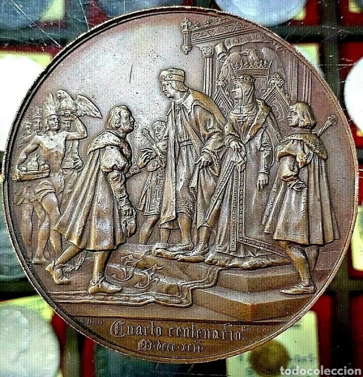 Trofeos y medallas: Medalla Cristóbal Colón / 4° Centenario Descubrimiento América / 1892 / Bronce/ 70mm/ 184,86 gramos - Foto 2 - 194357983