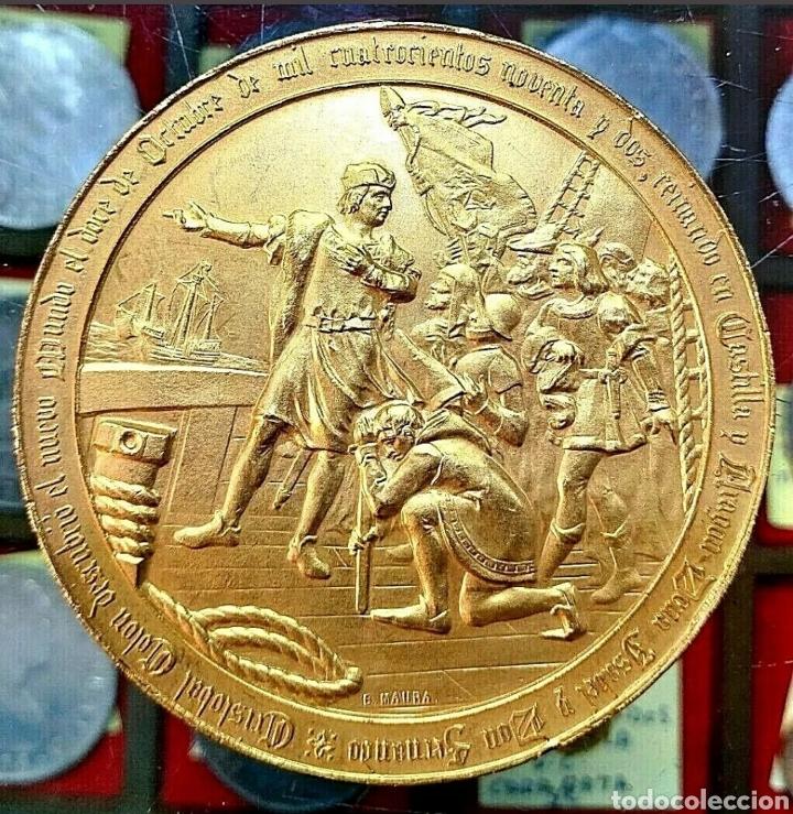 MEDALLA CRISTÓBAL COLÓN / 4° CENTENARIO DESCUBR AMÉRICA / 1892 / BRONCE DORADO/ 70MM/ 184,86 GRAMOS (Numismática - Medallería - Trofeos y Conmemorativas)