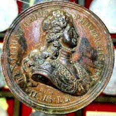 Trofeos y medallas: MEDALLA FELIPE V / CONMEMORACION VICTORIA GUERRA SECESION / BRONCE / 44 MM / 37,90 GRAMOS. Lote 194358235