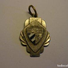 Trofeos y medallas: ANTIGUA MEDALLA ESCOLAR CUBANA. ESMALTES AL FUEGO.. Lote 194588585
