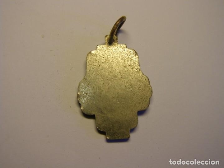 Trofeos y medallas: Antigua medalla escolar cubana. Esmaltes al fuego. - Foto 2 - 194588585