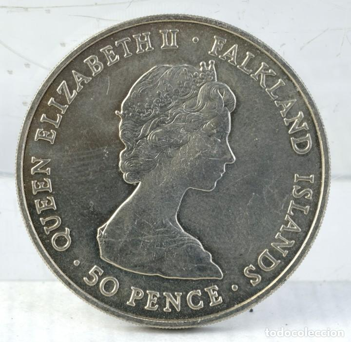 Trofeos y medallas: Medalla H.R.H.THE PRINCE OF WALES AND LADY DIANA SPENCER 1981 - 38 mm - Foto 2 - 194616351