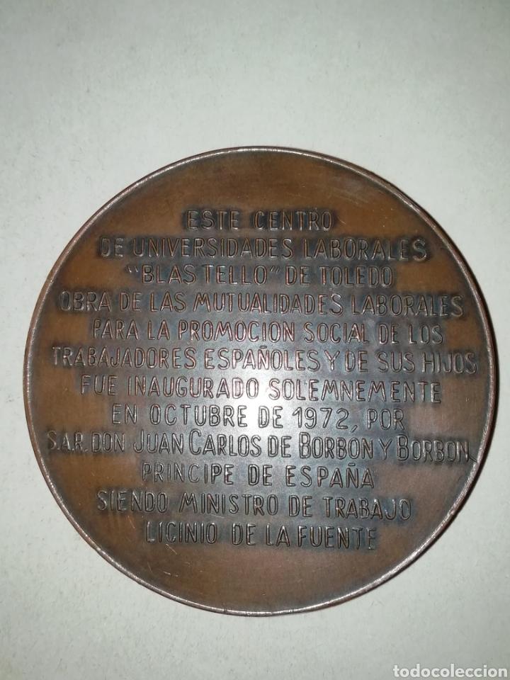Trofeos y medallas: Gran medalla centro de universidades laborales Blas tello - Foto 2 - 194738320
