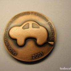 Trofeos y medallas: MEDALLA DE FIRA DE BARCELONA, SALÓN INTERNACIONAL DEL AUTOMOVIL, AÑO 2001.. Lote 195074456