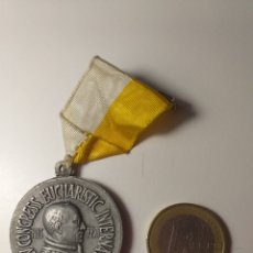 Trofeos y medallas: XXV CONGRESS EUCHARISTIC INTERNATION BARCELONA 1952 PIUS. Lote 195206285
