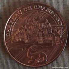 Trofeos y medallas: MEDALLA CONMEMORATIVA MONUMENTOS DE PARIS.2017. CHATEAU DE CHAMBORD.. Lote 195259758