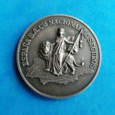 Trofeos y medallas: SEGUROS.. COMPAÑIA NACIONAL ESPAÑA. MEDALLA CONMEMORATIVA 50 AÑOS. 1928-1978. ENVIO INCLUIDO.. Lote 195643552