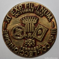 Trofeos y medallas: MEDALLA EN BRONCE?? DE LA XI EXPOSICIÓN DE FILATELIA Y NUMISMÁTICA EN TERRASSA (OCTUBRE 1973). Lote 197654852