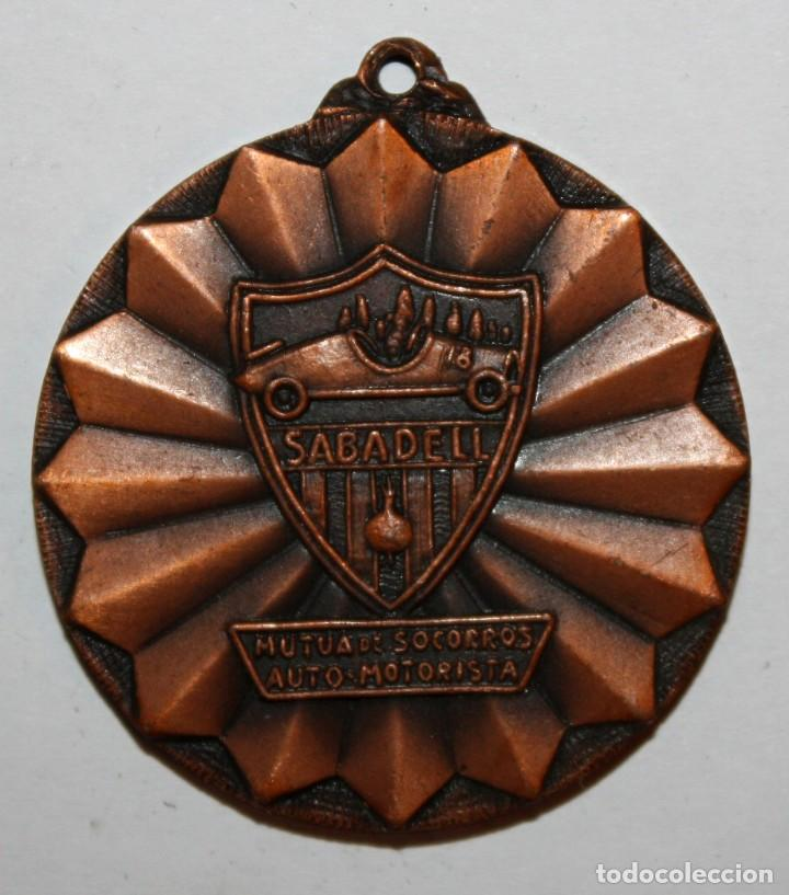 MEDALLA CONMEMORATIVA DEL 50º ANIVERSARIO MUTUA SOCORROS AUTO-MOTORISTA SABADELL (1924-1974) (Numismática - Medallería - Trofeos y Conmemorativas)
