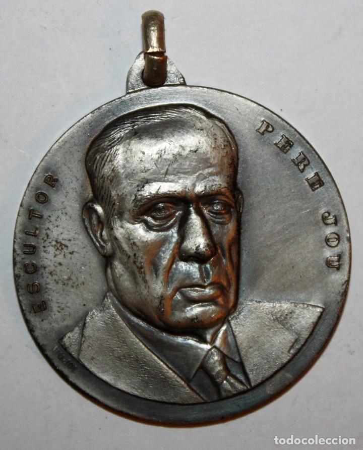 MEDALLA CONMEMORATIVA CONCURSO INTERNACIONAL DE PINTURA SITGES (1971). PERE JOU. FIRMADO PUJOL (Numismática - Medallería - Trofeos y Conmemorativas)