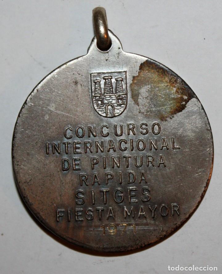 Trofeos y medallas: MEDALLA CONMEMORATIVA CONCURSO INTERNACIONAL DE PINTURA SITGES (1971). PERE JOU. FIRMADO PUJOL - Foto 3 - 198711825