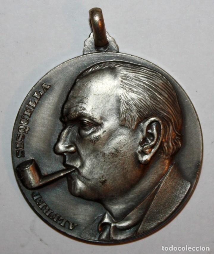 MEDALLA CONMEMORATIVA CONCURSO INTERNACIONAL DE PINTURA SITGES (1970). ALFRED SISQUELLA. FIRM. PUJOL (Numismática - Medallería - Trofeos y Conmemorativas)