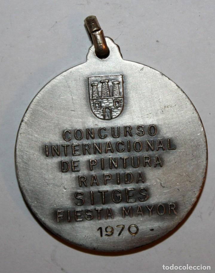 Trofeos y medallas: MEDALLA CONMEMORATIVA CONCURSO INTERNACIONAL DE PINTURA SITGES (1970). ALFRED SISQUELLA. FIRM. PUJOL - Foto 3 - 198712216