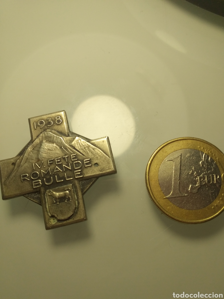 Trofeos y medallas: Antigua medalla de Huguenin Freres 1938 suiza IV ROMANDE BULLE - Foto 3 - 203280625
