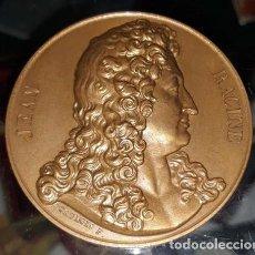 Trofeos y medallas: FRANCIA.MEDALLA CONMEMORATIVA DE LOS LITERATOS FRANCESES MOLIERE Y JEAN RACINE AÑO 1. 880 (S. XIX). Lote 208866806