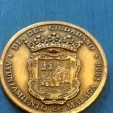 Trofeos y medallas: MEDALLA DÍA DEL CIUDADANO MALAGA. Lote 210147128