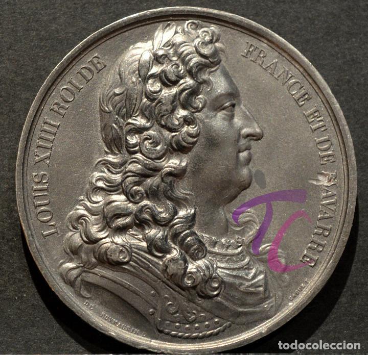 Trofeos y medallas: MEDALLA EN PLOMO LOUIS XIV REY DE FRANCIA Y DE NAVARRA (1643-1715) FIRMA CASQUE - Foto 2 - 188697883