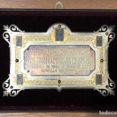 Trofeos y medallas: ANTIGUA PLACA CONMEMORATIVA EN PLATA, Y PLATA DORADA.. Lote 222017096