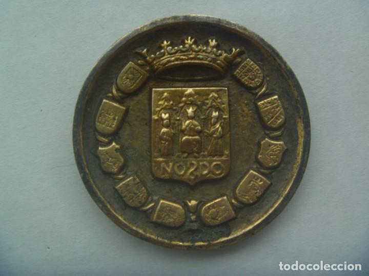GRAN Y ANTIGUO MEDALLON DE LA DIPUTACION DE SEVILLA, DETRAS CRUZ DE SANTIAGO (Numismática - Medallería - Trofeos y Conmemorativas)