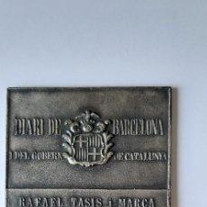 Trofeos y medallas: PLACA RAFAEL TASIS I MARCA. COAUTOR DE LA HISTORIA DE LA PREMSA CATALANA. DIARI DE BARCELONA. (RARA). Lote 227678565