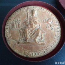 Trofeos y medallas: MEDALLA CONMEMORATIVA SANCHO IV .AMIGOS DE ARCHIVOS DE FRANCIA.EDITADA A PARTIR DEL ORIGINAL.. Lote 235051955