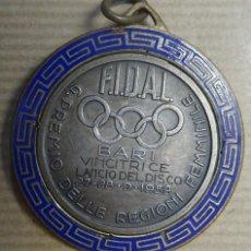 Trofeos y medallas: MEDALLA GRAN PREMIO DELLE REGIONI FEMMINILE LANCIO DEL DISCO 27,28 9 - 1959. Lote 240691205