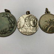 Trofeos y medallas: 3 MEDALLA DEPORTIVAS AÑOS 1960 VALENCIANAS. Lote 245257450