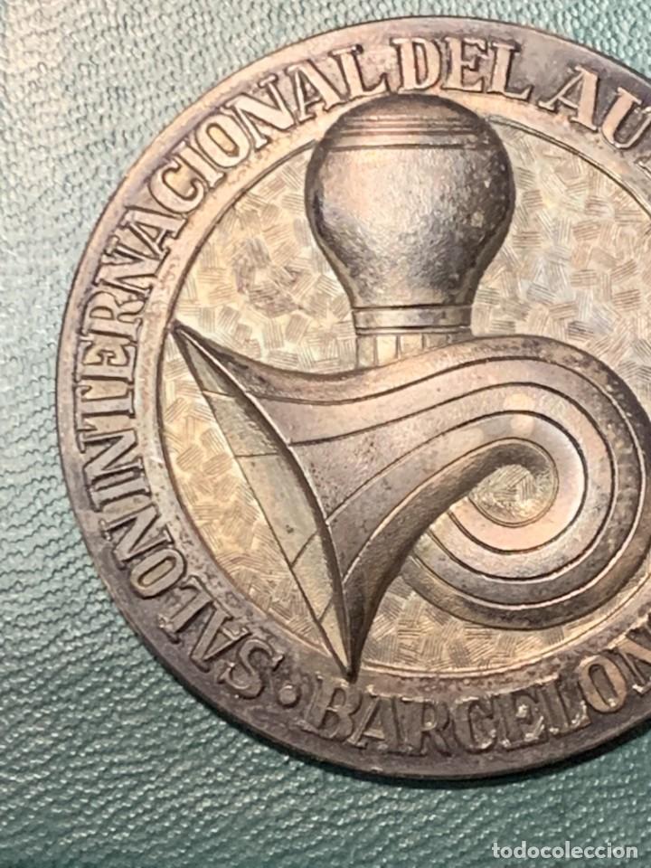 Trofeos y medallas: medalla PLATA 916/000 SALON INTERNACIONAL AUTOMOVIL BARCELONA 1970 ESTUCHE 5 cms - Foto 5 - 246150125