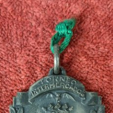 Trofeos y medallas: MEDALLA DE PLATA. TROFEO IV TORNEO DE FUTBOL INTERMERCADOS. 1959.. Lote 261793665