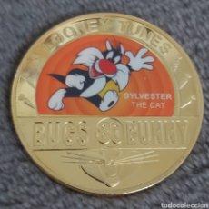 Trofeos y medallas: EXCLUSIVA MONEDA DE BUGS BUNNY. DIAMETRO 4 CMS.. Lote 261896550