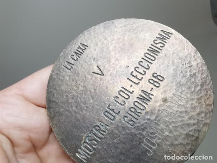 Trofeos y medallas: GRAN MEDALLON MEDALLA BRONCE 225 GRAMOS PESO-LA CAIXA V MOSTRA COL.LECCIONISTA GIRONA 1986-CARMANIU - Foto 13 - 262265445