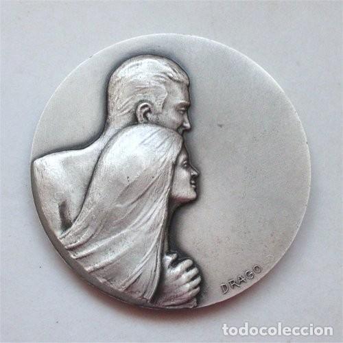 Trofeos y medallas: Medalla y estuche del Ayuntamiento de Carcassonne (Carcasona - Francia) Medallista Drago. París-Nice - Foto 4 - 263732520
