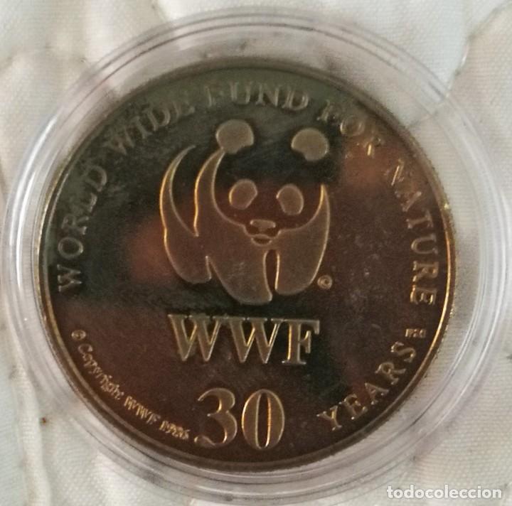 Trofeos y medallas: Medalla World Wide Fund for Nature 30 años, 1986, WWF AMAZONA GUILDINGII - Foto 2 - 265504754