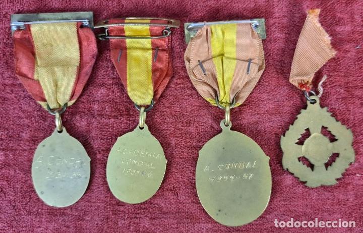 Trofeos y medallas: CONJUNTO DE MEDALLAS ACADEMIA CONDAL. METAL DORADO. AÑOS 50. - Foto 3 - 269782113