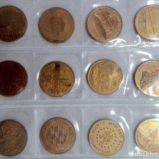 Trofeos y medallas: LOTE DE 12 MEDALLAS CONMEMORATIVAS. TEMAS INGLESES. Lote 269845748