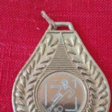 Trofeos y medallas: MEDALLA JUEGOS DEPORTIVOS TEMPORADA 98-99 SUBCAMPEÓN DE COPA. Lote 277498248