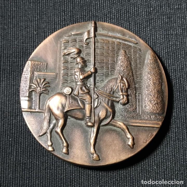 GUARDIA URBANA MONTADA DE BARCELONA, ASOCIACIÓN DE AMIGOS DE LA DIAGONAL, MEDALLA DE BRONCE, PUJOL (Numismática - Medallería - Trofeos y Conmemorativas)