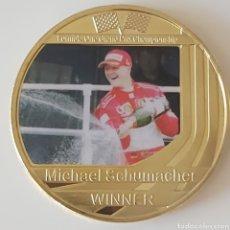 Trofei e Medaglie: EXCLUSIVA MONEDA DE ORO DE COLECCION DE MICHAEL SCHUMACHER. Lote 286985318