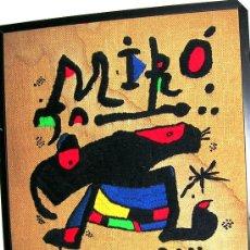 Varios objetos de Arte: TAPIZ IHOMENAJE J. MIRÓ. BORDADO LANA S-ARPILLERA. FIRMA TERESA LAGO. CERTIFIC GALERÍA ENVÍO PAGADO. Lote 27618833
