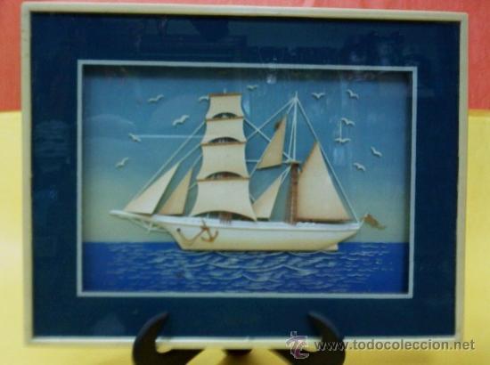 mini cuadro artesanal relieve barco madera y cristal aos cincuenta