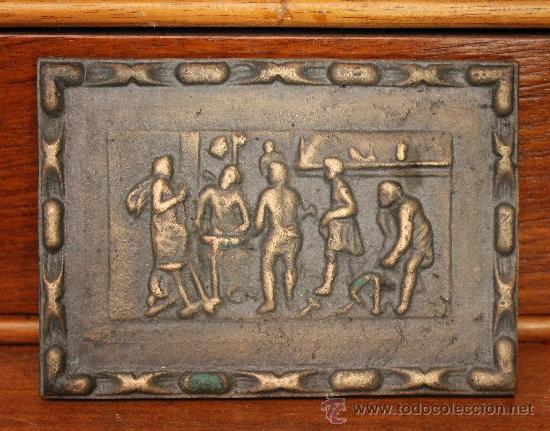 ANTIGUA PLACA POSIBLEMENTE EN BRONCE CON IMÁGENES EN RELIEVE (Arte - Varios Objetos de Arte)