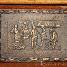 Varios objetos de Arte: ANTIGUA PLACA POSIBLEMENTE EN BRONCE CON IMÁGENES EN RELIEVE. Lote 30312805